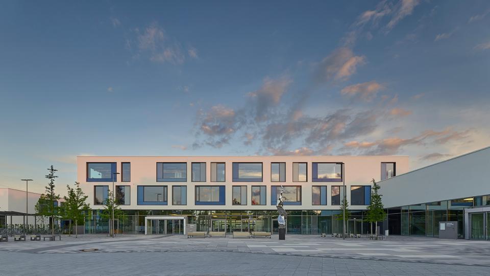 gymnasium m nchen nord eliteschule des sports h4a gessert randecker architekten h4a. Black Bedroom Furniture Sets. Home Design Ideas